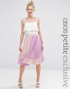 Плиссированная юбка миди с прозрачной вставкой ASOS PETITE - Розовый