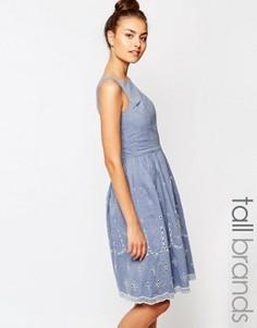 Короткое приталенное платье из шамбре с ажурной отделкой Vero Moda Tall - Синий