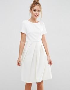 Платье миди с пышной юбкой в рубчик ASOS - Кремовый