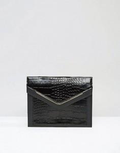 Клатч с эффектом крокодиловой кожи и металлической отделкой ASOS - Черный