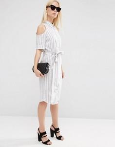 Полосатое платье‑рубашка с открытыми плечами и завязкой ASOS - Кремовый