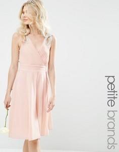 Платье миди для выпускного с декорированными плечиками TFNC Petite WEDDING - Розовый