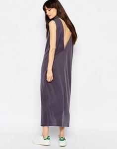 Платье миди с декольте сзади и высокой горловиной Weekday Value - Серый