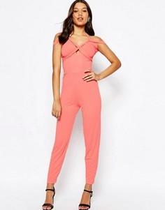 Трикотажный комбинезон с лямкой через шею и широкими штанинами со складками ASOS - Розовый