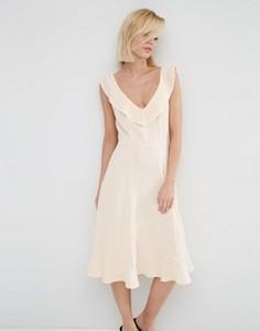 Приталенное платье миди с оборками ASOS - Розовый