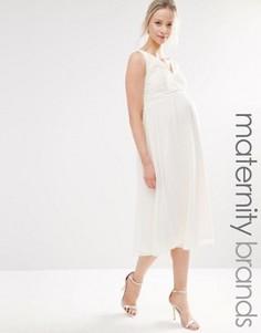 Короткое приталенное платье из кружева для беременных Little Mistress Maternity - Кремовый