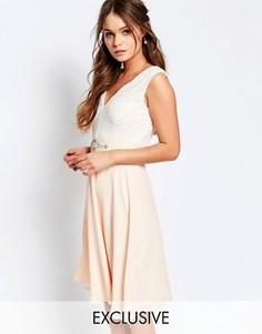 Платье миди с кружевным лифом и отделкой на талии Elise Ryan - Бежевый
