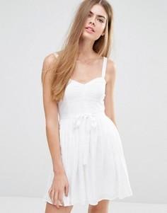 Платье с пышной юбкой и поясом Jack Wills - Белый