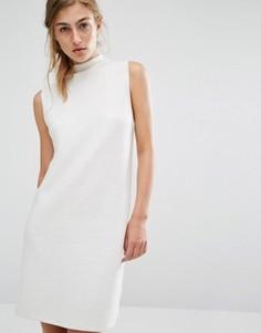 Вязаное платье в рубчик с высоким воротом Native Youth - Белый