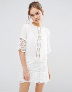 Платье мини с кружевной вставкой Endless Rose - Белый