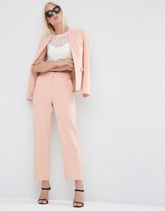 Фактурные зауженные брюки ASOS - Розовый