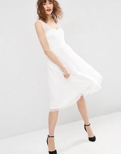 Платье миди для выпускного из сеточки добби с запахом ASOS - Белый