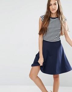 Приталенное платье в полоску со свободной юбкой Hilfiger Denim - Темно-синий