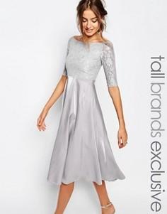 Платье миди для выпускного с кружевным топом и широким вырезом True Decadence Tall - Серый