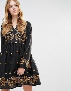 Короткое приталенное платье с вышивкой в стиле барокко Glamorous - Черный