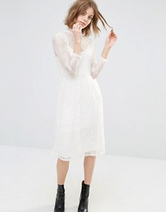 Платье миди с кружевной отделкой First & I - Кремовый