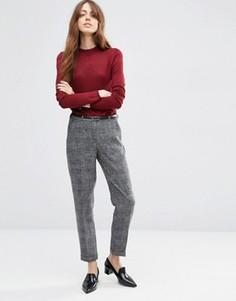 Фактурные узкие брюки с ремнем ASOS - Серый
