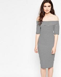 Платье в полоску с открытыми плечами Minimum Tanne - Черный