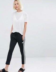 Брюки-сигареты с тремя полосками adidas Originals - Черный