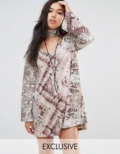 Свободное платье с длинными рукавами и абстрактным животным принтом Milk It - Мульти