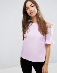 Креповый топ с вырезами на плечах, завязками и рюшами на рукавах ASOS - Фиолетовый