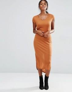 Трикотажное платье миди в рубчик с короткими рукавами Vero Moda - Оранжевый