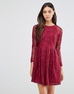 Кружевное платье Traffic People Supreme - Красный