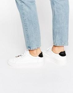 Белые лакированные кожаные кроссовки Selected Femme Donna - Белый