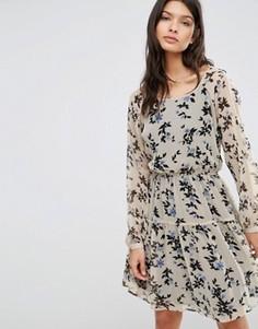 Короткое приталенное платье с цветочным принтом Pepe Jeans Edna - Оранжевый