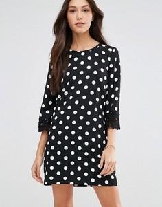 Платье в горошек с отделкой кроше Traffic People Penny Smiles - Черный