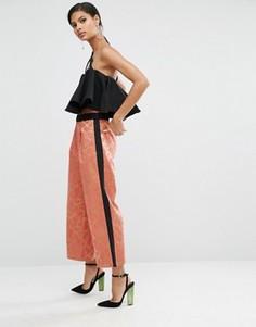 Жаккардовые широкие брюки с полоской сбоку ASOS - Мульти