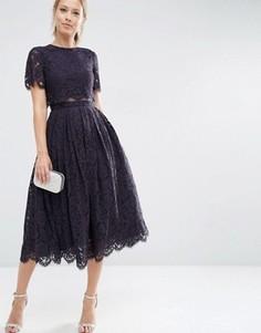 Платье миди для выпускного с укороченным кружевным лифом ASOS - Синий