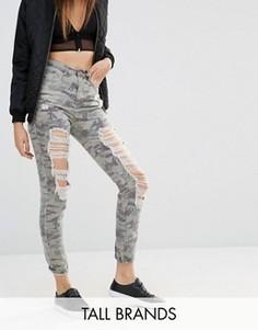 Камуфляжные джинсы с завышенной талией Missguided Tall - Зеленый