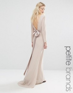 Платье макси с длинными рукавами и бантом сзади TFNC Petite - Розовый