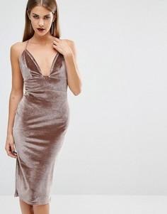 Бархатное платье миди с глубоким вырезом Boohoo - Коричневый