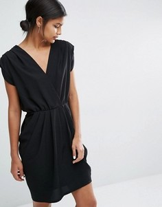 Платье без рукавов Y.A.S Amber - Черный