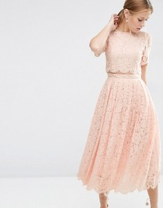 Платье миди для выпускного с укороченным кружевным лифом ASOS - Розовый