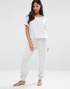 Клетчатый пижамный комплект с футболкой и джоггерами ASOS - Мульти