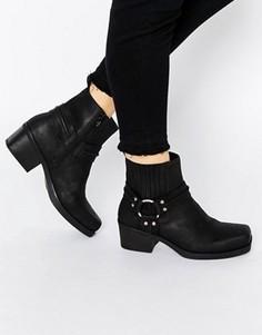 Черные кожаные байкерские ботинки с ремешками Vagabond Ariana - Черный