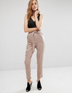 Атласные брюки с отделкой Missguided - Золотой