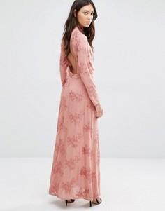 Платье макси с открытой спиной Flynn Skye Cedar - Кремовый