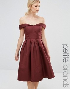 Платье миди для выпускного с открытыми плечами Chi Chi London Petite - Коричневый
