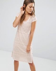 Платье миди с выжженным геометрическим узором и боковыми разрезами Vila - Розовый
