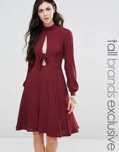 Приталенное платье Glamorous Tall - Красный