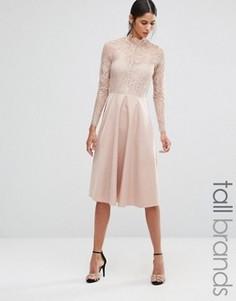 Приталенное платье с кокеткой и рукавами из кружева Y.A.S Tall - Розовый