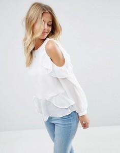 Блузка с вырезами и рюшами на плечах ASOS - Белый