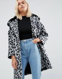 Пальто с леопардовым принтом и черным меховым воротником Helene Berman - Серый