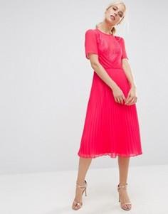 Короткое приталенное платье миди с кружевом и складками ASOS - Розовый