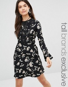 Короткое приталенное платье с расклешенными рукавами и цветочным принтом Glamorous Tall - Черный