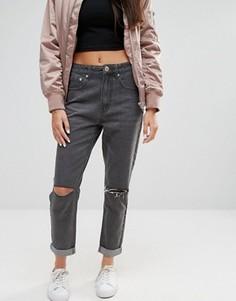 Рваные джинсы бойфренда с завышенной талией Boohoo - Серый